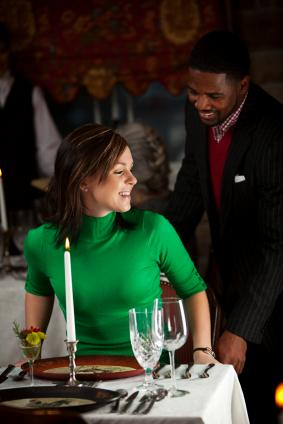 proper etiquette for dating Evolving dating etiquette rules there are no dating etiquette rules set in stone traditionally, a few rules have been the norm, however, with the advent of feminism and gender equality they have been adjusted, changed or even abolished.